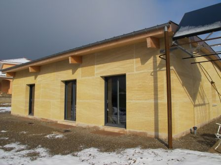 Maison bbc en pierre massive concrete know howconcrete for Construire une maison en pierre